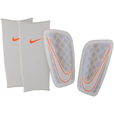 Nike Schienbeinschoner Mercurial Flylite SP2085 White/White/Chrome Größe: L,M,XL
